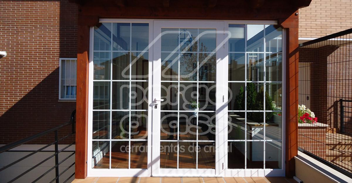 Instalacion y montaje de puertas de aluminio en madrid for Puerta balcon de aluminio