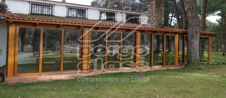 Cerramientos de terrazas pergolas y porches pergoglass cortinas de cristal madrid avila - Porches cerrados de aluminio ...